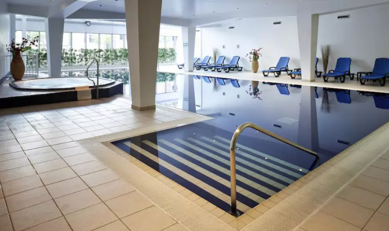Cardiff: Superior Double Room for Two with Breakfast and Prosecco at 4* Mercure Cardiff Holland House Hotel and Spa