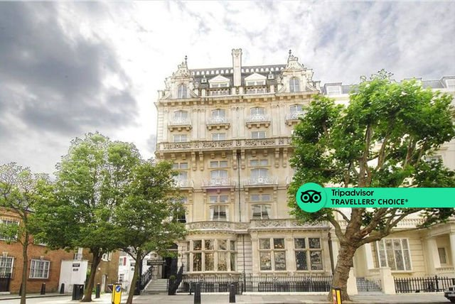 4* Grand Royale Hyde Park Stay for 2: Breakfast & Late Checkout